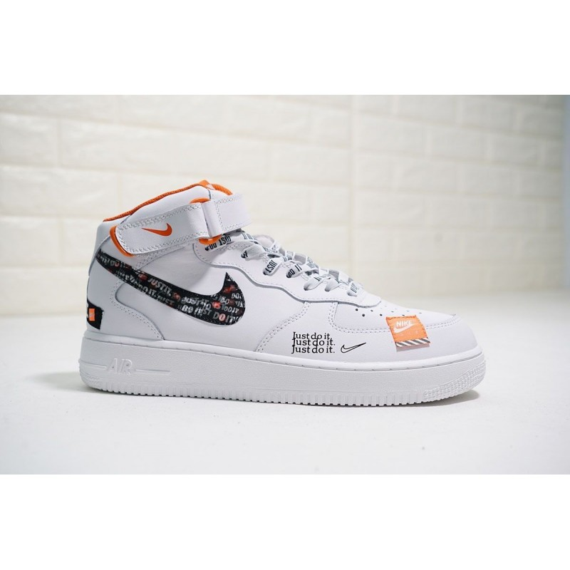 NIKE AIR FORCE 1 JUST DO IT BLANCAS MID